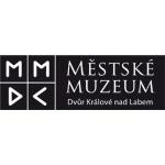 Městské muzeum ve Dvoře Králové nad Labem – logo společnosti